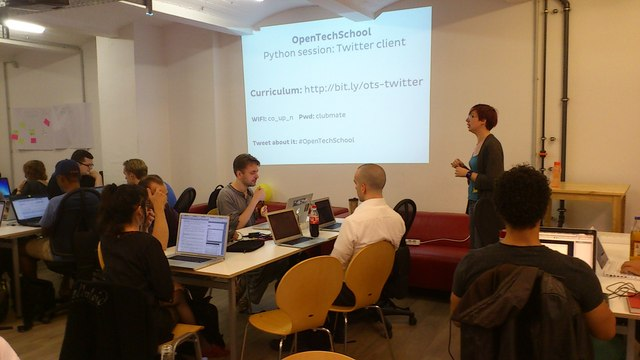 Python Workshop #2: Everybody's Tweeting